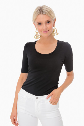 black kayla scoopneck t-shirt