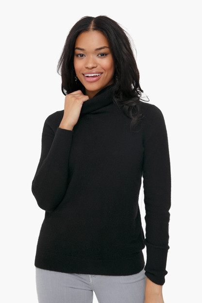 Black Essential Cashmere Turtleneck