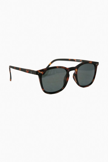 tortoise sunglasses #d with soft grey lenses