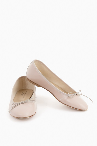 best website efee9 9c9a0 Classic Ballerina Flats in Nude by Anniel - Tnuck