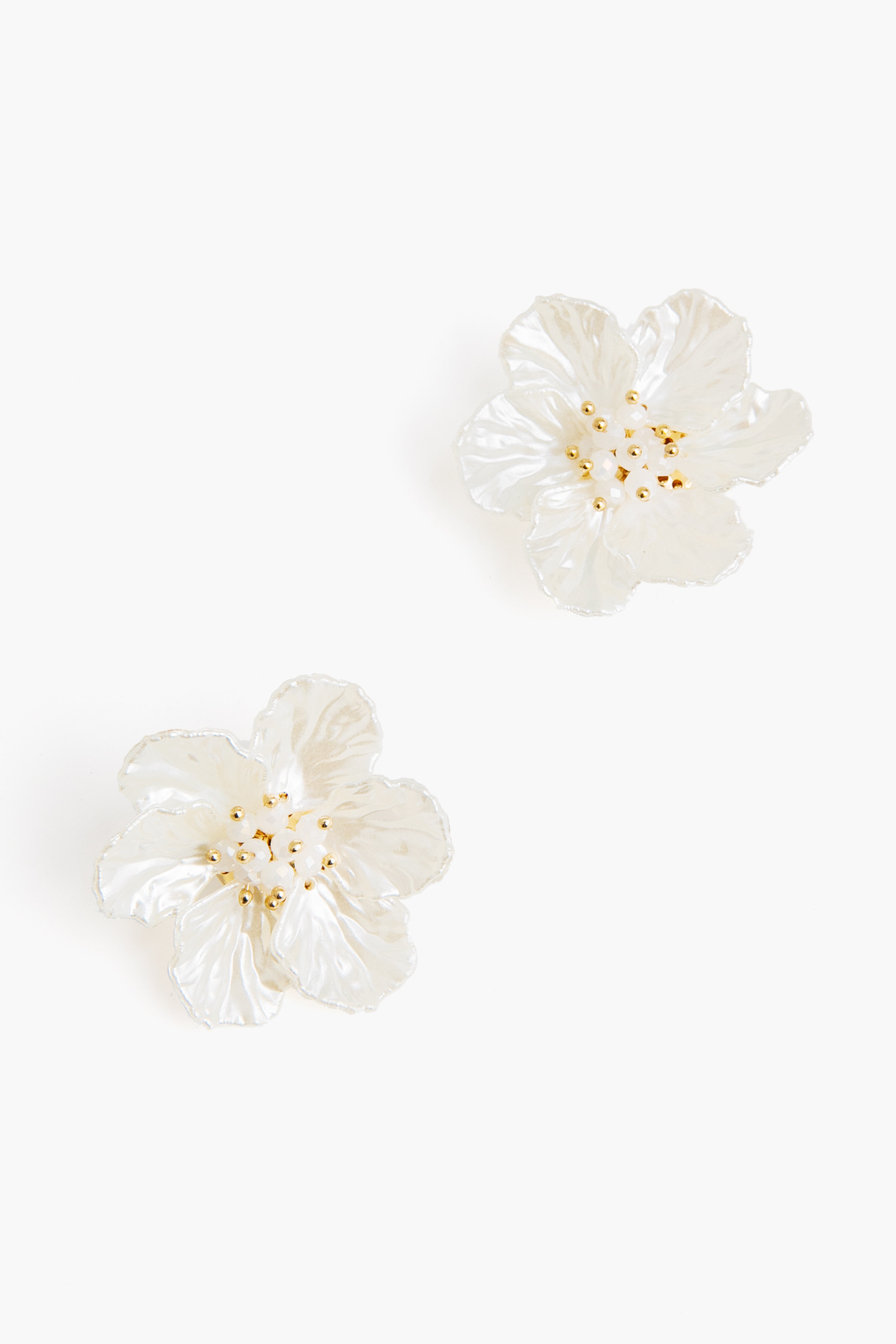 Blossom Earrings by Nahmu