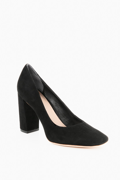 Black Phyllis Pumps