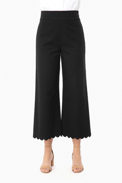 black scallop crop pant