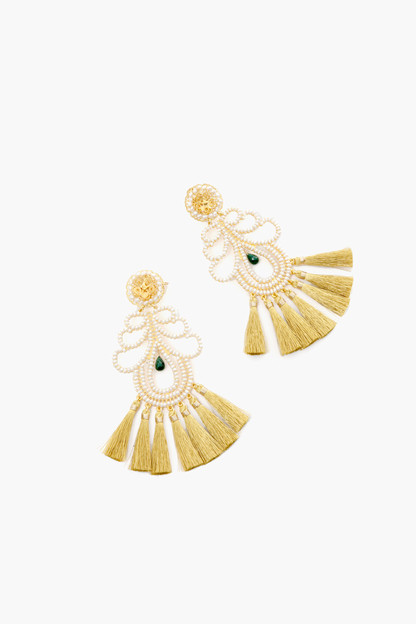 white curubas nieve earrings