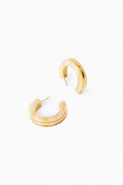 beige sleek torti hoop earrings