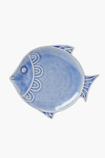 berry and thread crackle fish salad plate