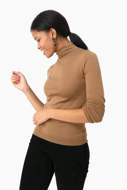 honeysuckle turtleneck