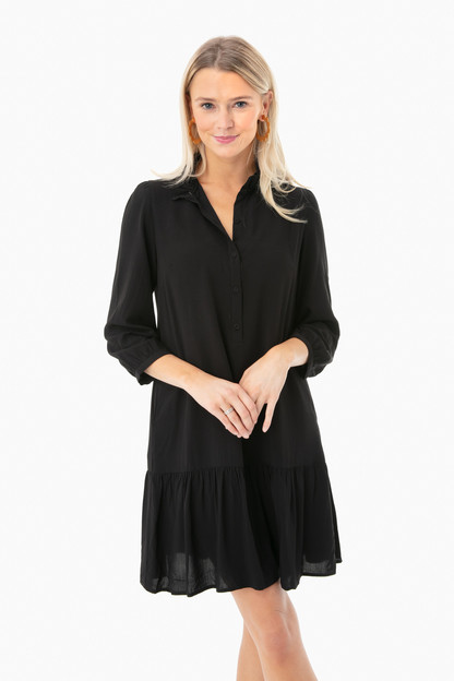 black gwyneth dress