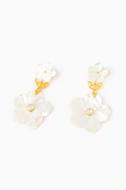 Garden Shell Medium Earrings