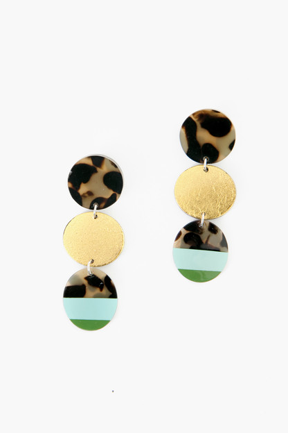 green triple circle tortoise drop earrings