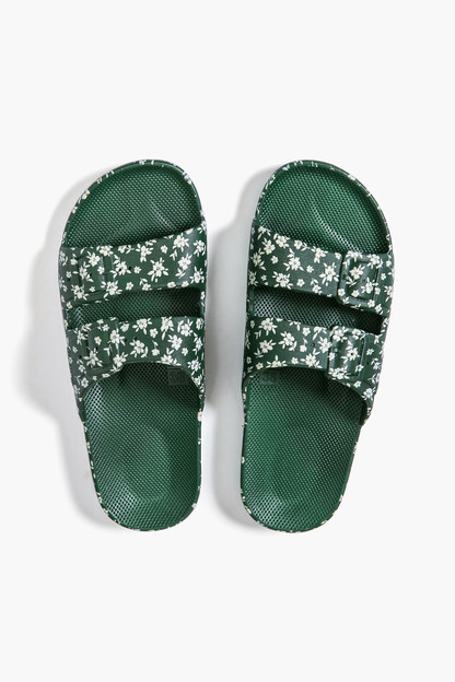 lily rose amz moses sandals