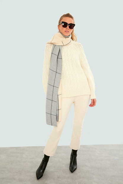 ivory two tone window pane pleats scarf
