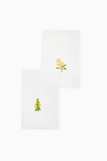 yellow embroidered floral guest towels (set of 2)