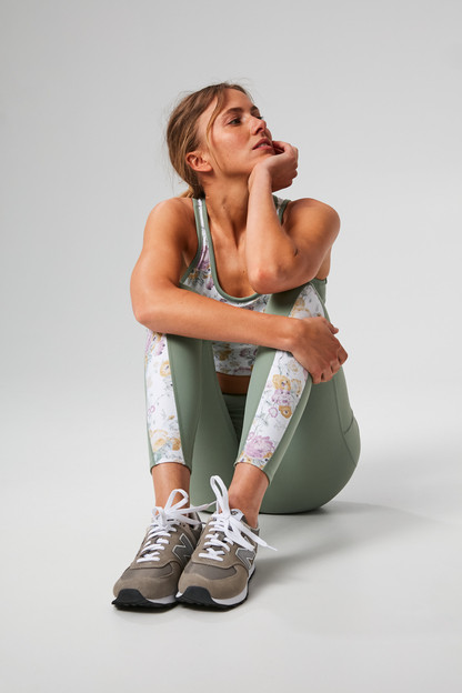 meadow green and chintz high rise compression legging